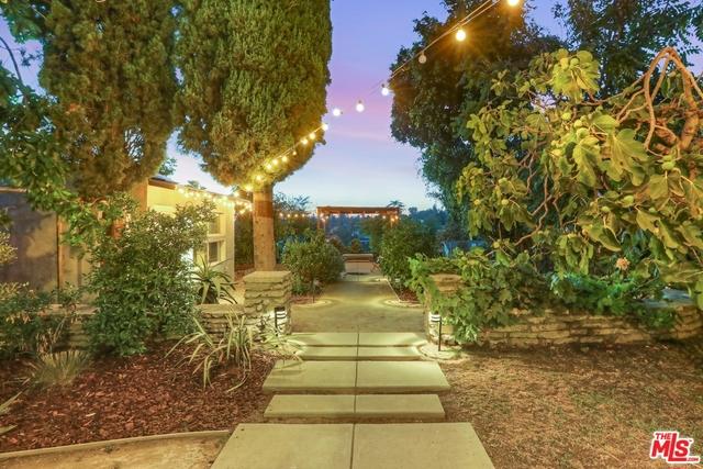 1523 ALLESANDRO Street, Los Angeles, CA 90026