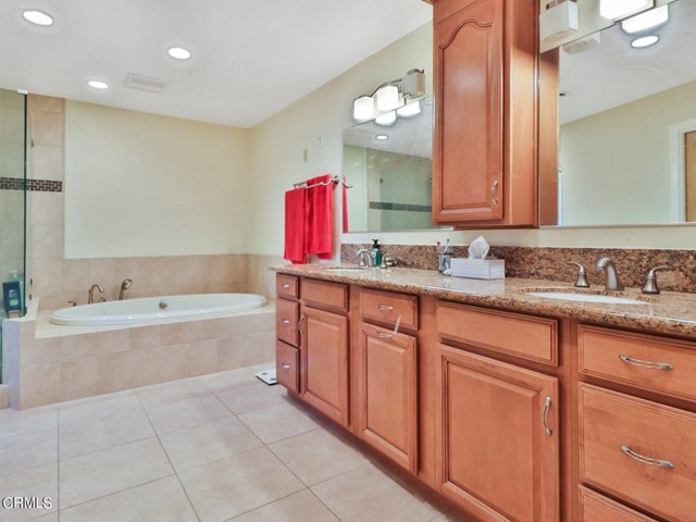 17. 11533 Coralberry Court Moorpark, CA 93021