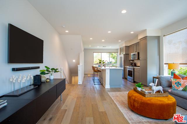 118 S Avenue 50 #604, Los Angeles, CA 90042