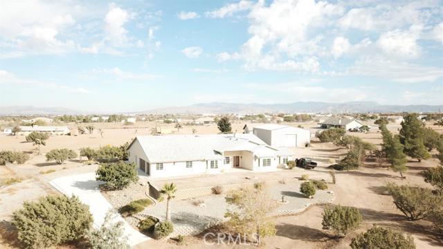 8965 Kittering Road, Oak Hills, CA 92344