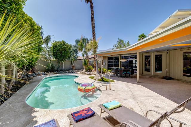 2190 N Cerritos Rd, Palm Springs, CA 92262