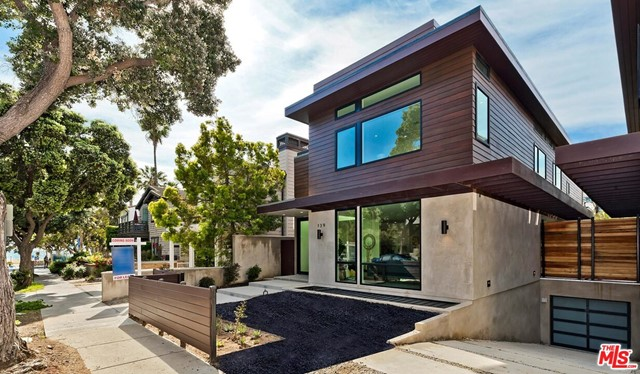 141 HOLLISTER Avenue, Santa Monica, CA 90405