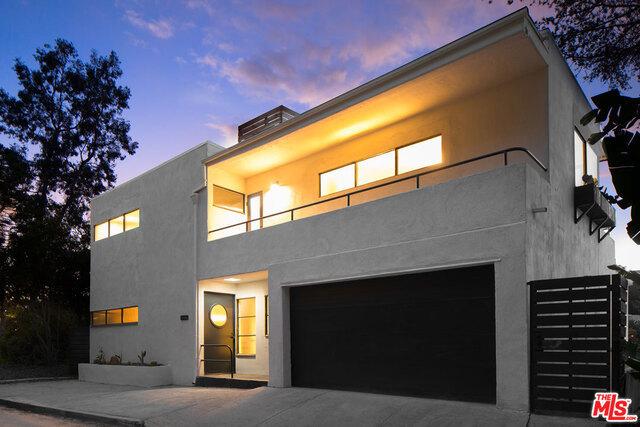 1827 FANNING Street, Los Angeles, CA 90026
