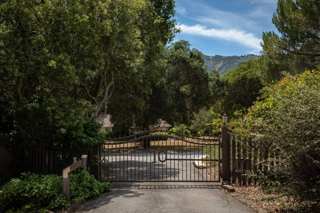 10 Miramonte Road, Carmel Valley, CA 93924