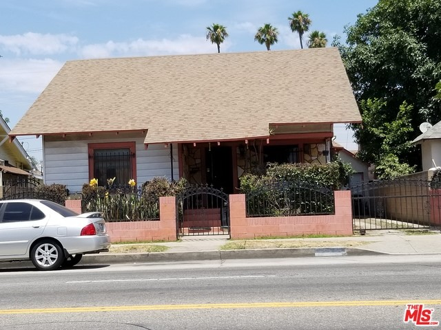 325 W GAGE Avenue, Los Angeles, CA 90003