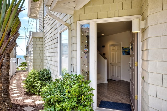 2470 Newport Ave, Cardiff by the Sea, CA 92007