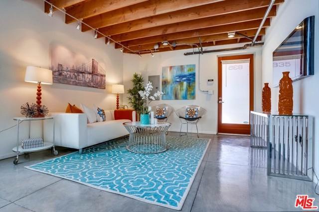 22. 835 Pine Avenue Long Beach, CA 90813