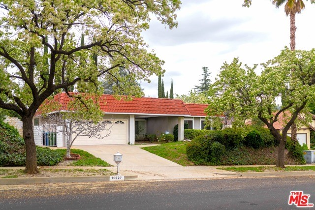10727 BATON ROUGE Avenue, Porter Ranch, CA 91326