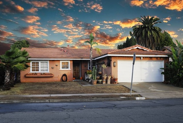 5211 Constitution Rd, San Diego, CA 92117