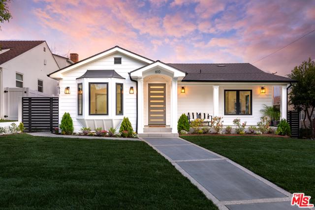 610 E GRINNELL Drive, Burbank, CA 91501