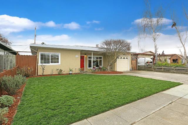 1748 Newbridge Avenue, San Mateo, CA 94401