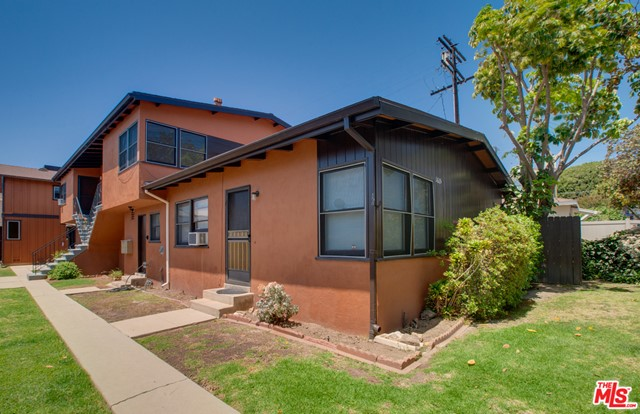 Fantastic opportunity to acquire this very well maintained five-unit building, located in an excellent Santa Monica location. Totaling 4,323 SF on a 6,718 SF lot, there is a great mix of units, consisting of 2 separate structures. A front building with (3) 1bed/1 bath and a rear building with (1) 2bed/1bath and (1) 2bed+den/1bath. Some units have hardwood floors, newer appliances and have been updated.  There is on-site laundry, copper plumbing, and updated electrical in many units.  Further features include 4 garages and 3 off street parking spaces.  The building is an overall quality asset, in an excellent location, with a high-demand rental market.
