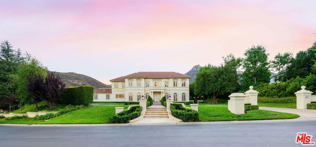 Photo of 2785 Ladbrook Way, Thousand Oaks, CA 91361