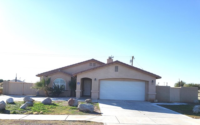 1371 China Sea Avenue, Salton City, CA 92275