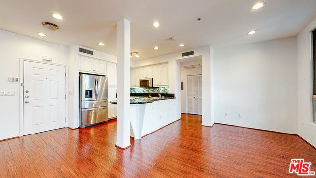 13044 Pacific Promenade, Playa Vista, CA 90094 Photo 25
