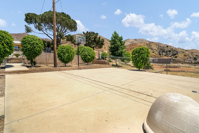 11027 Gaston Dr, Kagel Canyon, CA 91342 Photo 47