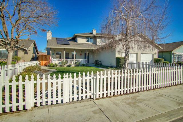 2081 Highland Drive, Hollister, CA 95023