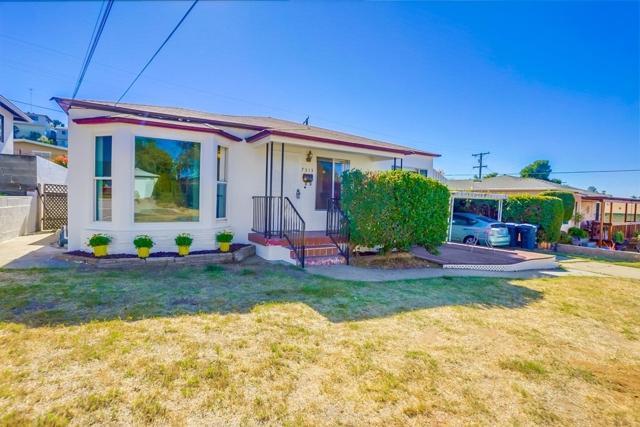 7313 Vassar Ave., La Mesa, CA 91942