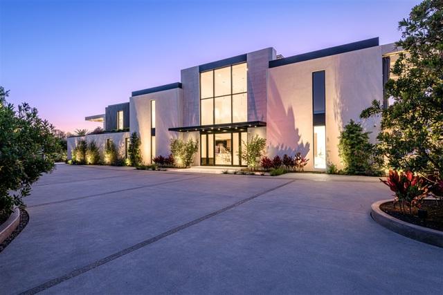9811 Blackgold Rd, La Jolla, CA 92037