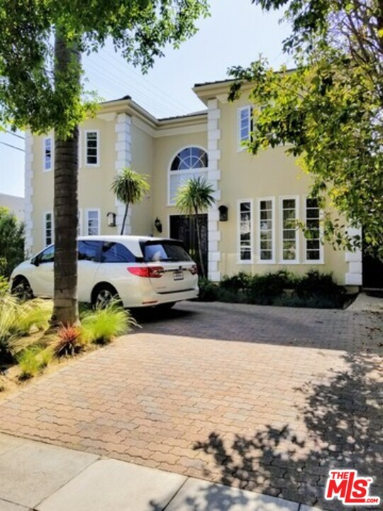 $ 300K REDUCTION!!!TWO-STORY FRENCH MEDIT. 4 BDMS 4.5 BATHS, GOURMET KITCHEN, HOME SITUATED BEHIND WROUGHT-IRON GATES. SWEEPING OAK STAIRCASE LEADS TO SECOND STORY. A/C, SEC., HDWD FLRS, BUILT-IN VACUUM CLEANER, HUGE MASTER WITH MAGNIFICENT CLOSETS. FP IN LR AS WELL AS FRM. OPENING TO NICE-SIZED REAR GARDESN. WALK TO EVERYTHING. PARKS, TRIANGLE, SCHOOLS, HOUSES OF WORSHIP. THIS HOUSE WAS COMPLETLY PAINTED. NEW POOL PLASTER WAS DONE. NEWER ROOF. MUCH MORE TO SEE!!