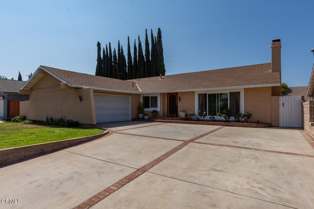 Lovely 4 bedroom, 2 bath home in Simi Valley.  Lots of upgrades, hardwood flooring in the family  room, hallway, master bedroom and master closet.  Double pane windows, solar, new office carpeting, new tub and tile in hall bath, newer roof, newer dishwasher, new wall oven, newer paint on the outside.  Must see to appreciate.