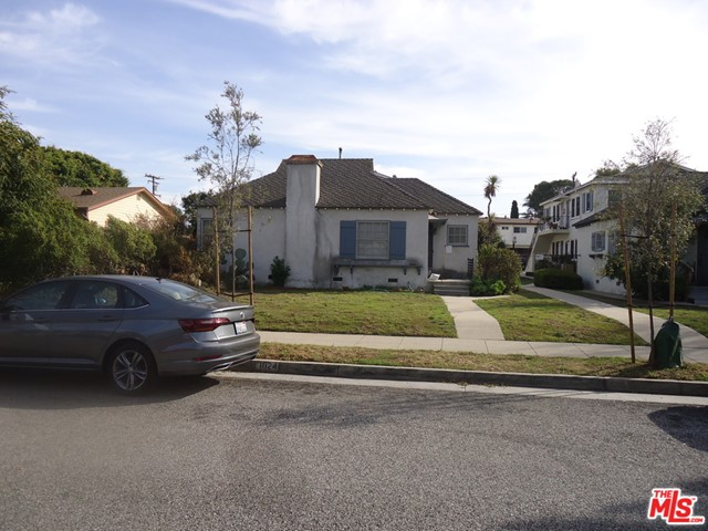 Amazing opportunity to purchase a double lot 16,626 Square Feet in Santa Monica's Sunset Park Neighborhood. 1024 Hill Street is a Five Unit property with the front unit being a stand alone remodeled 2 Bedroom 1 Bath home. The other four are 1-Bedroom 1-Bath units in the back. The property also has a two car garage along the alley and seven open spaces on the lot behind the garage. The property is being sold for $2,295,000 along with 1018 Hill Street that's also on the market for $2,295,000. Each property has a 8,313 Square Foot Lot. Perfect for future development as Condominiums, Town Homes or Luxury Apartments. This great property is located approximately 1 Mile from the Beach & Main Street. It is walking Distance to Retails Shops, Dining, and Entertainment along Lincoln Boulevard and Ocean Park Boulevard. Many other features of Santa Monica and the surrounding areas include The 3rd Street Promenade, Santa Monica Pier, Santa Monica Beach, Abbot Kinney, Venice Beach and Numerous Technology and Entertainment Companies close by for Employment. The property will have at least one unit delivered vacant. Current rents have an approximate 76% Market Rental Upside and a Pro-Forma Gross Rent Multiplier of 13.56 times. Listing Income Details for GOI, Expenses, NOI, Gross Income, Cap Rate, and GRM are based on Pro-Forma Income as if all units are at current market rents. Total Expenses were forecast to reflect property tax changes if sold and actual expenses.