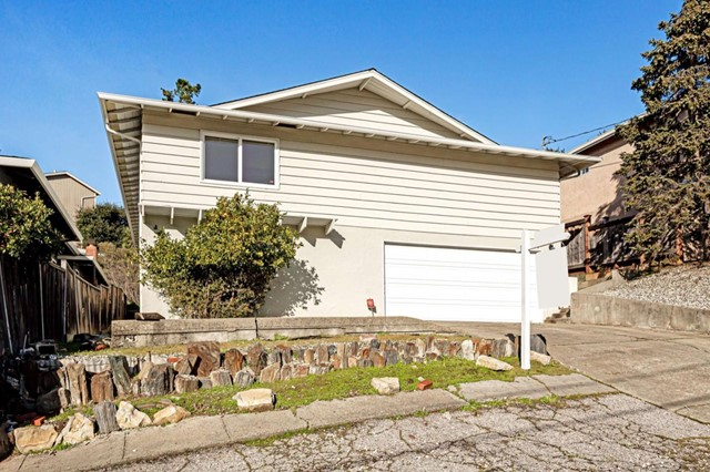 2704 Barclay Way, Belmont, CA 94002