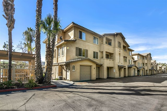 3239 Dehesa Rd 48, El Cajon, CA 92019
