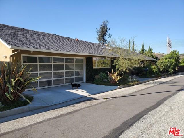 10611 Youngworth Road, Culver City, CA 90230