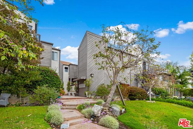 2. 945 21St Street #6 Santa Monica, CA 90403