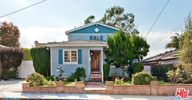 1756 11TH Street, Manhattan Beach, CA 90266