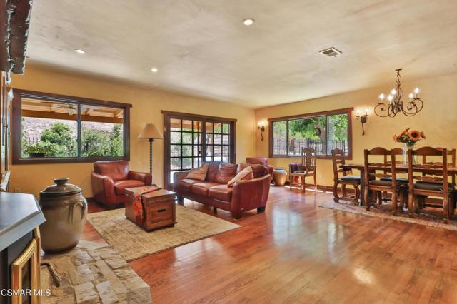 15. 202 Sundown Road Thousand Oaks, CA 91361