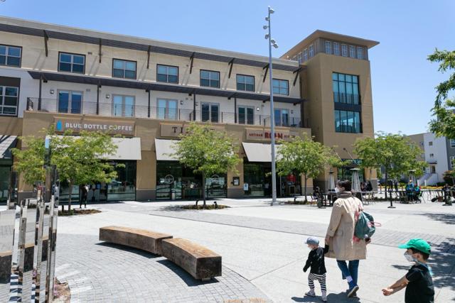 38. 2840 Saratoga Drive #1A San Mateo, CA 94403