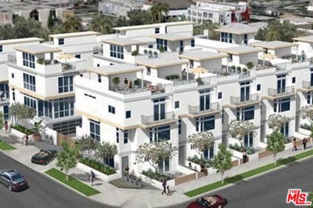 1205 N LAS PALMAS Avenue, Los Angeles, CA 90038