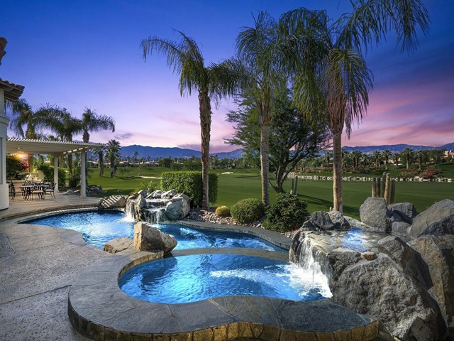 899 Mission Creek Drive, Palm Desert, CA 92211