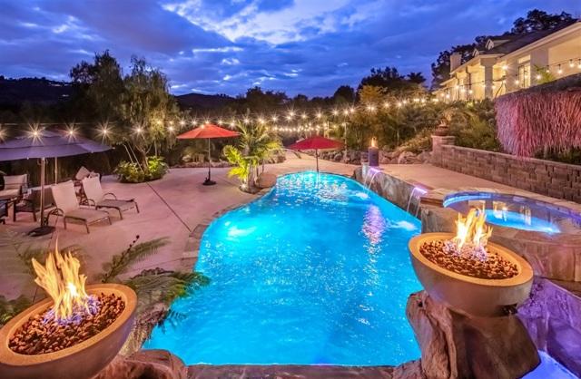 1570 Country Club Dr, Escondido, CA 92029