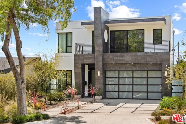 1615 S Carmelina Ave, Los Angeles, CA 90025