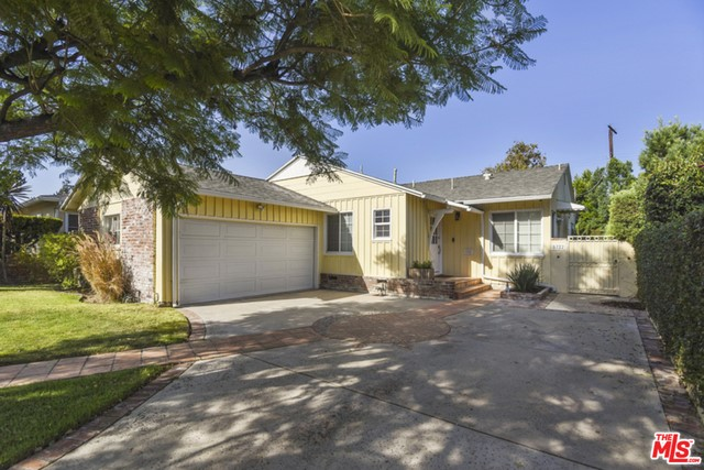 5722 BUCKNELL Avenue, Valley Village, CA 91607