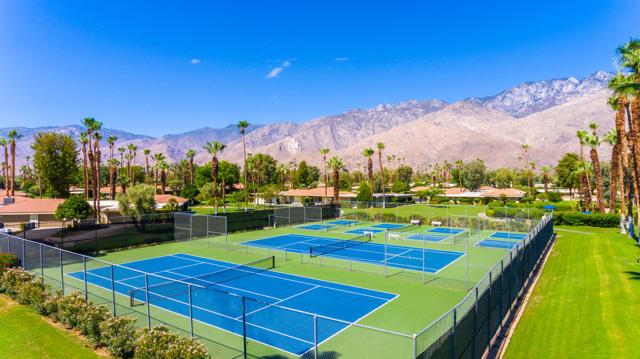 5. 2376 Oakcrest Drive Palm Springs, CA 92264