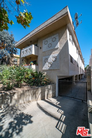 812 N MARTEL Avenue, Los Angeles, CA 90046