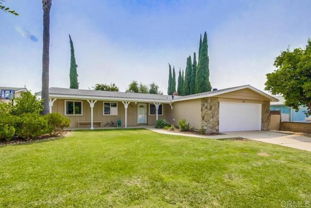 9735 Lutheran Way, Santee, CA 92071