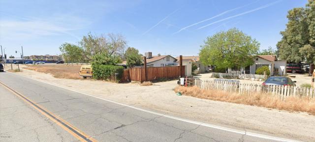 729 Avenue Q, Palmdale, CA 93550