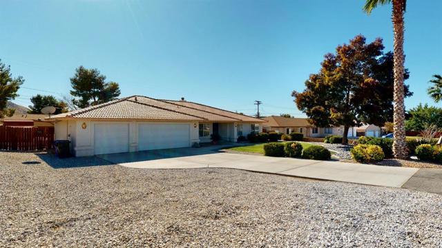 Image 5 of 19383 Arcata Rd, Apple Valley, CA 92307