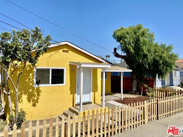 227 N GARFIELD Avenue, Oxnard in Ventura County, CA 93030 Home for Sale