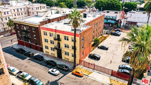 AVAILABLE NOW The Lakeview Terrace apartments located in historic Pico-Union, Los Angeles. 27 professionally-managed units with over 25% upside situated on a wide street bounded by turn of the century homes and apartments. Investment-grade multifamily asset, stabilized 6% cap, separately metered for gas and an excellent opportunity to implement RUBS. Attractive assumable financing in-place (see Offering Memorandum Year-3 Forecast and call for details). Gated parking lot for 5, a mix of 9 1-bedroom 1-bath and 18 studio apartments, approximately 9 of 27 renovated with original hardwood flooring, exposed masonry walls, quartz counter tops and period appointments. Beau arts design, gentrifying location, $172k/unit, big upside, what a deal!