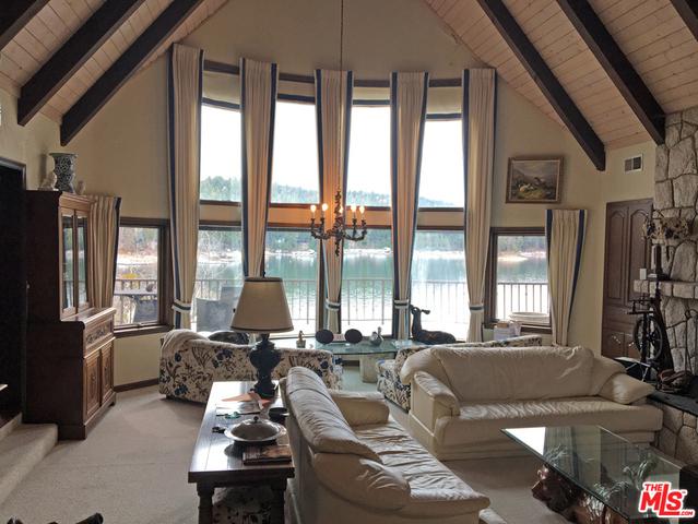 28025 PENINSULA Drive, Lake Arrowhead, CA 92352
