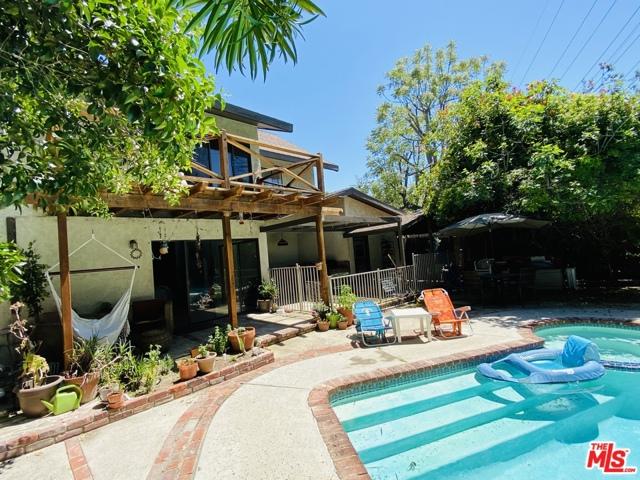 1119 N MAPLE Street, Burbank, CA 91505