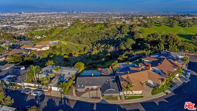 4232 S CLOVERDALE Avenue, Los Angeles, CA 90008