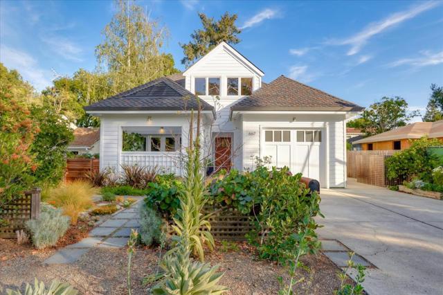 667 Kendall Avenue, Palo Alto, CA 94306