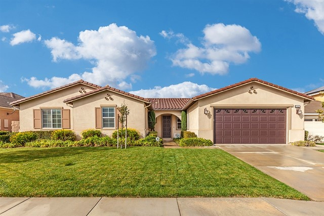28451 Secret Harbor Drive, Menifee, CA 92585